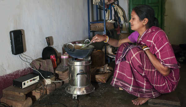woman-with-clean-cookstove-2