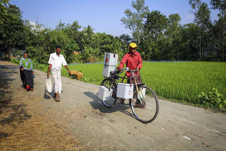 RS26083_Gavi-2014-GMB-Akash-Bangladesh-2014-349_h2